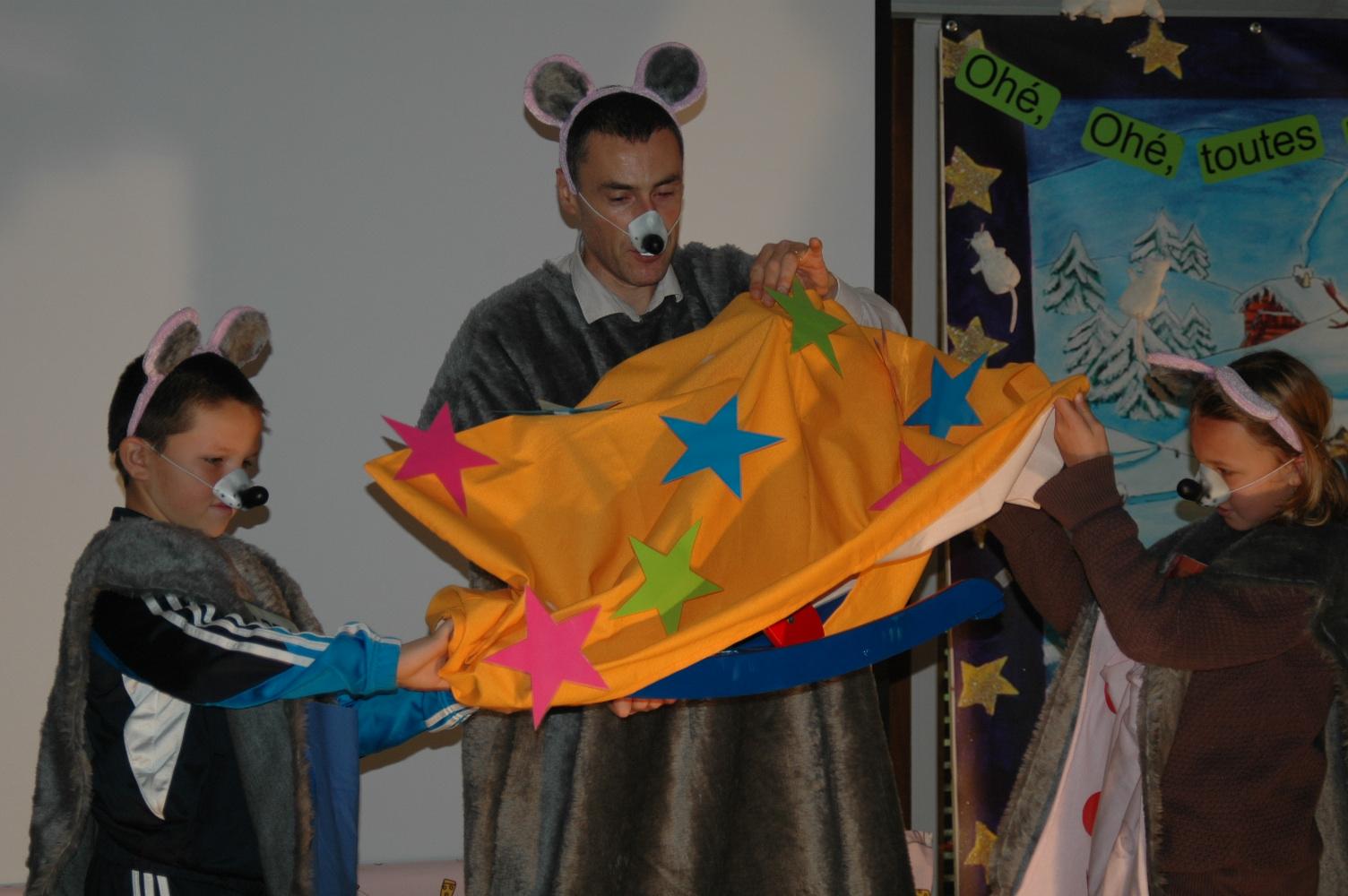 Spectacle pour enfants maine et loire 49 no l - Pere noel interactif ...